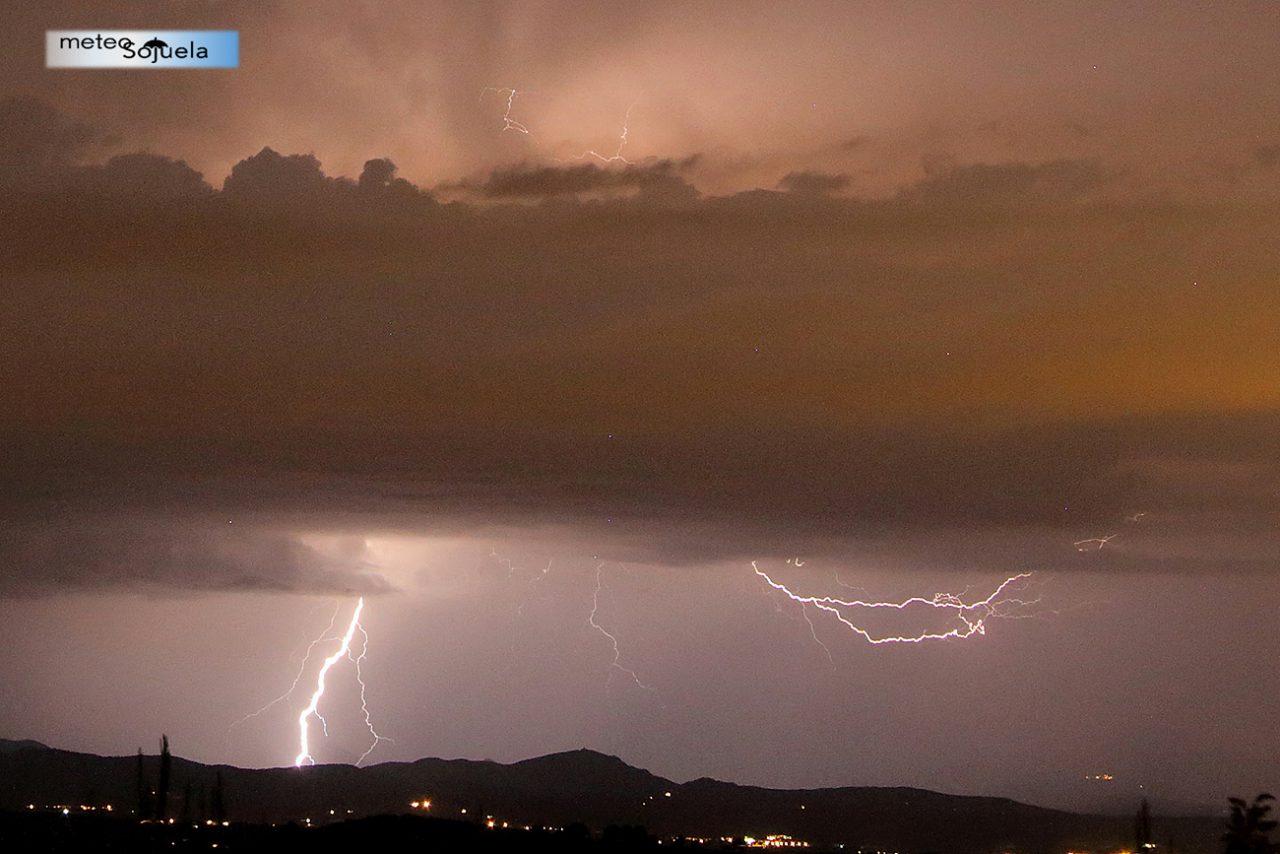 IMG_9902origret11300 2CON josecalvo meteosojuela tormenta