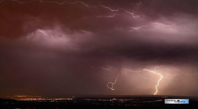 IMG_9268origret1300con 696385IMG_9268origret1300con tormenta josecalvo meteosojuela