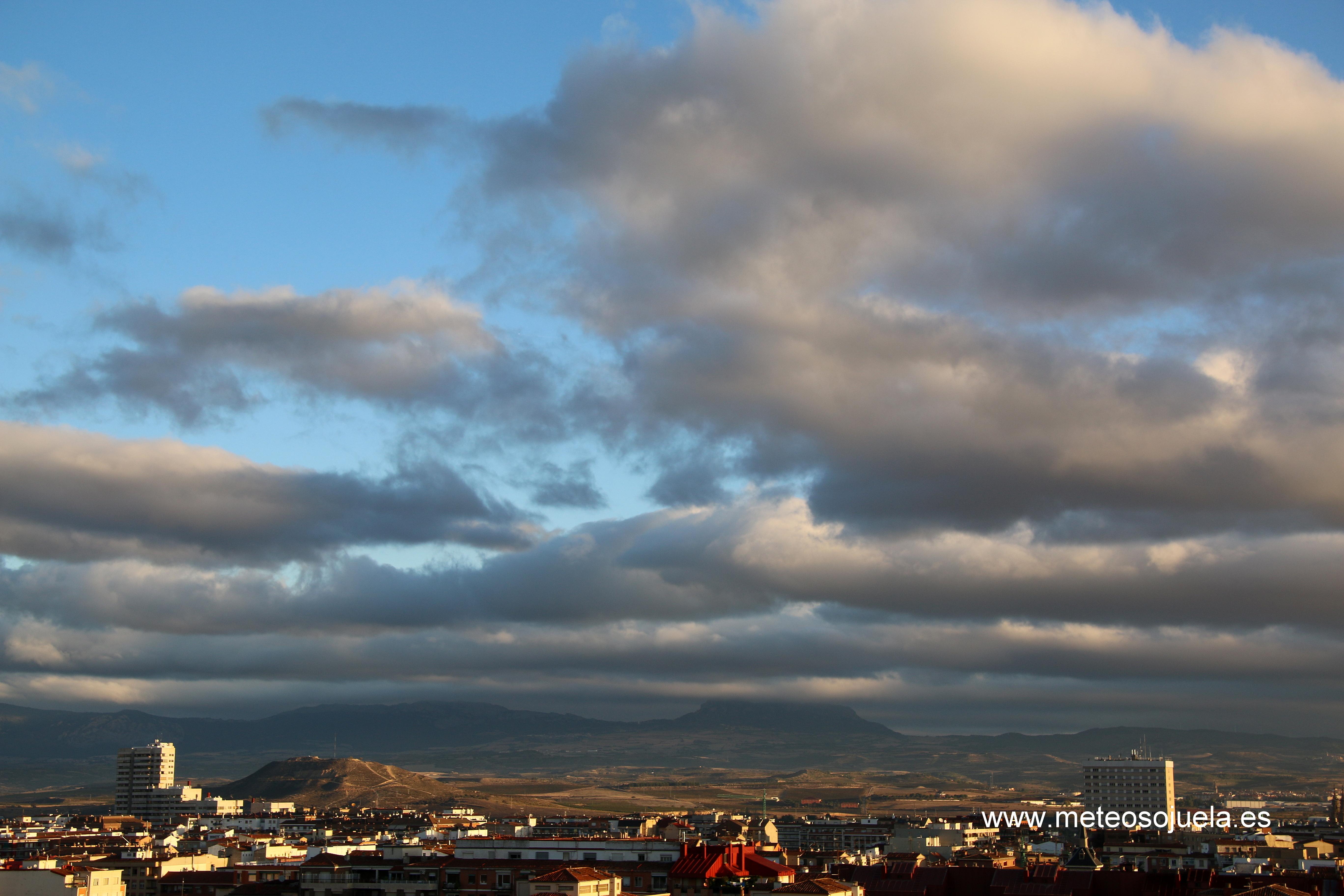 nubes bajas, josecalvo,meteosojuelaIMG_9787con