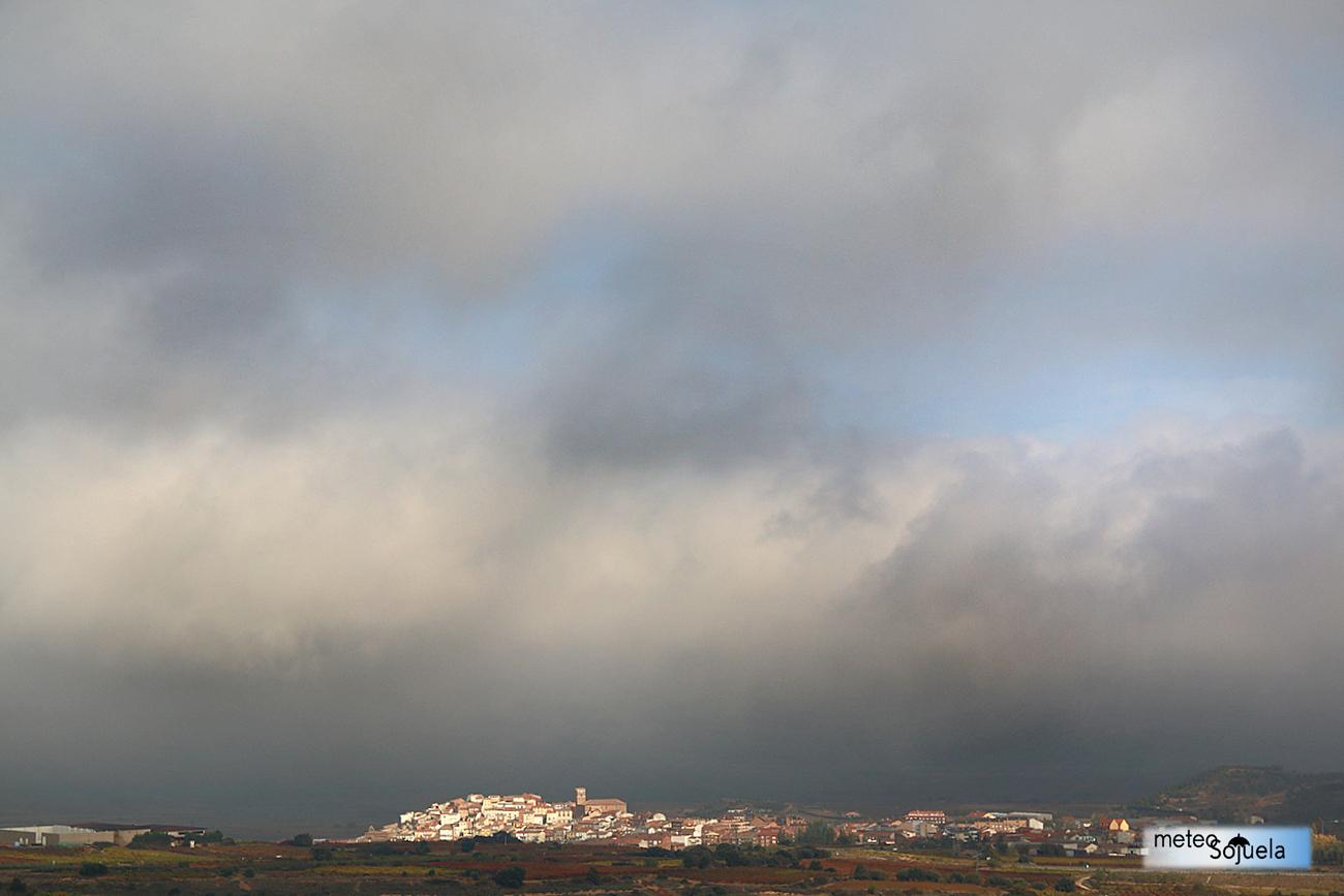 IMG_0195origret1300con nieblas josecalvo,meteosojuela