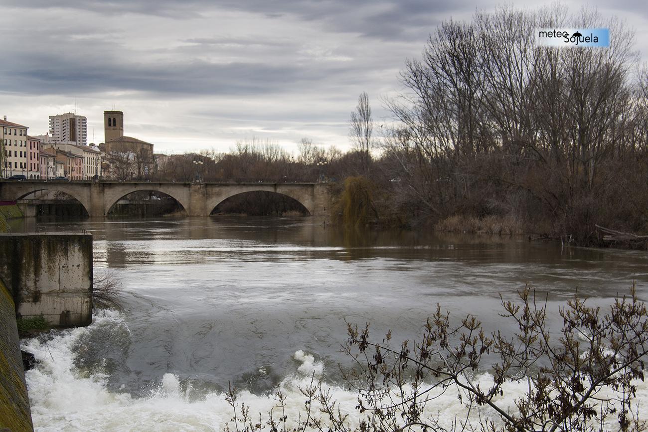 Crecida del Río EBRO en Logroño.Meteosojuela