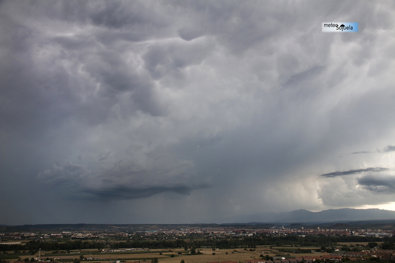 Cumulonimbo tormenta logroño meteosojuelaIMG_9971orig1300con