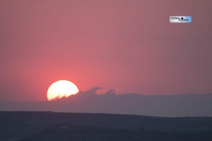 Atardecer y sol de verano.MeteosojuelaI