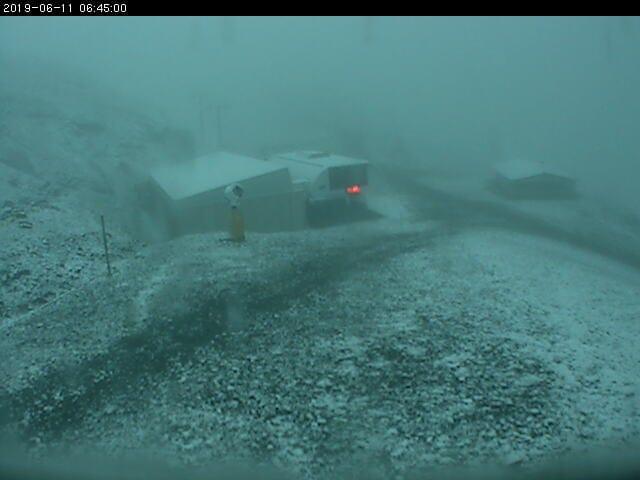 Nieve de Junio en La Web Cam de Valdezcaray