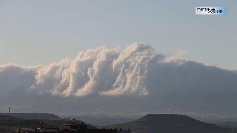 Barra de Cierzo. Efecto Foehn con viento de NW. Logroño 29/07/2019