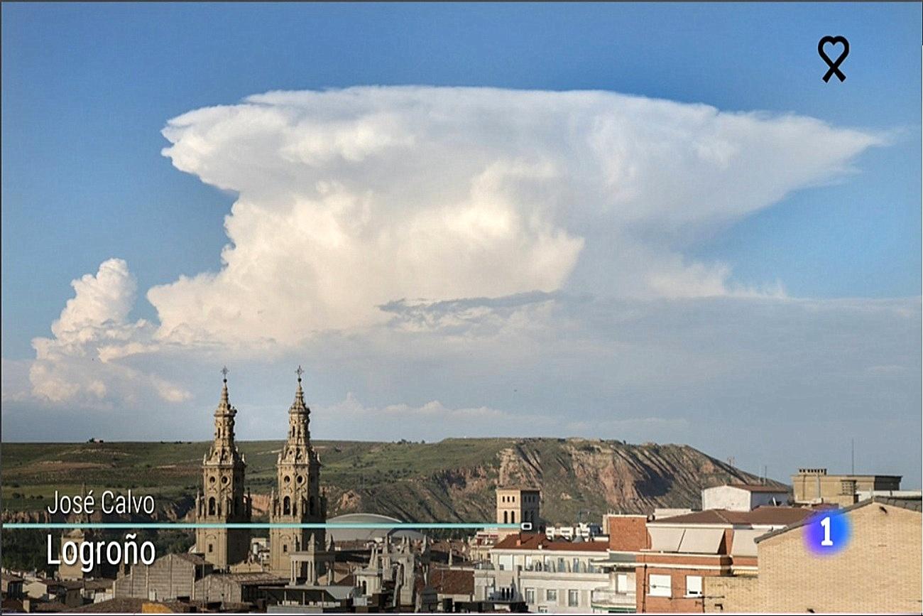 Cumulonimbus Incus desde Logroño. El tiempo TVE1 2805 Meteosojuela