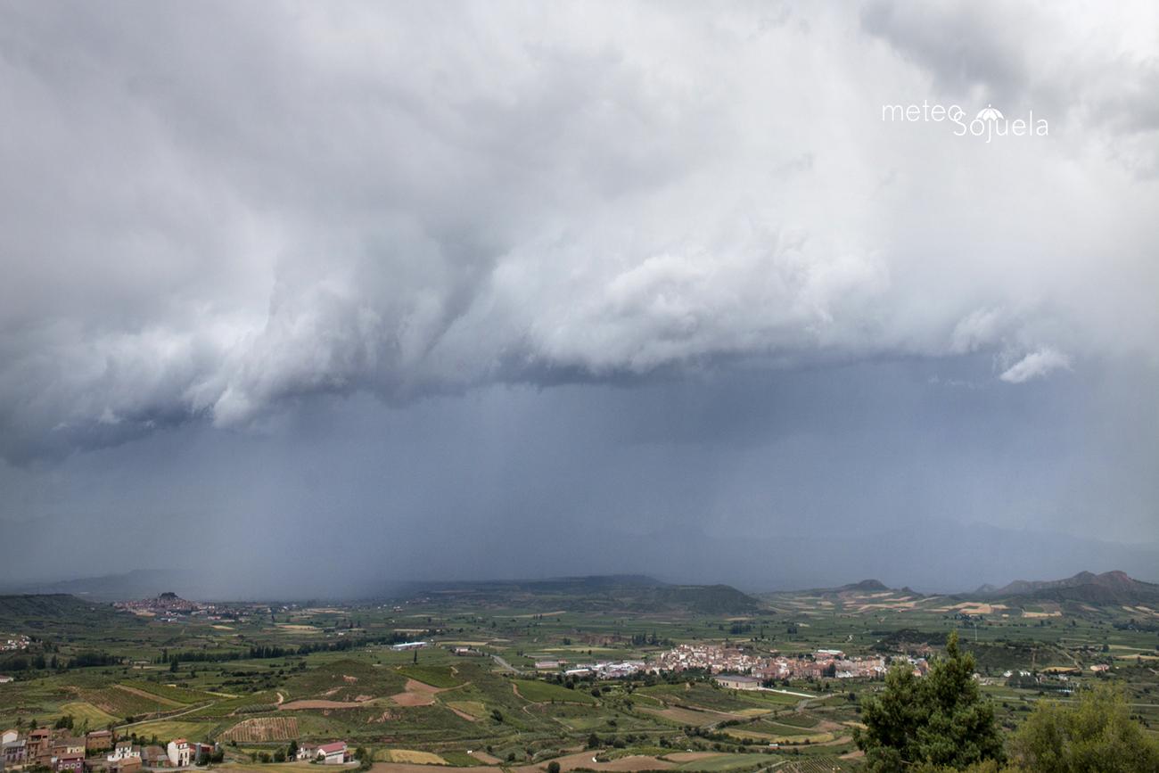 arcus, cumulonimbus, tormentas, sojuela