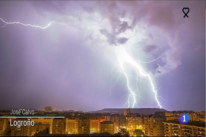 Rayos en Logroño. El Tiempo de TVE1. 0306 Meteosojuela