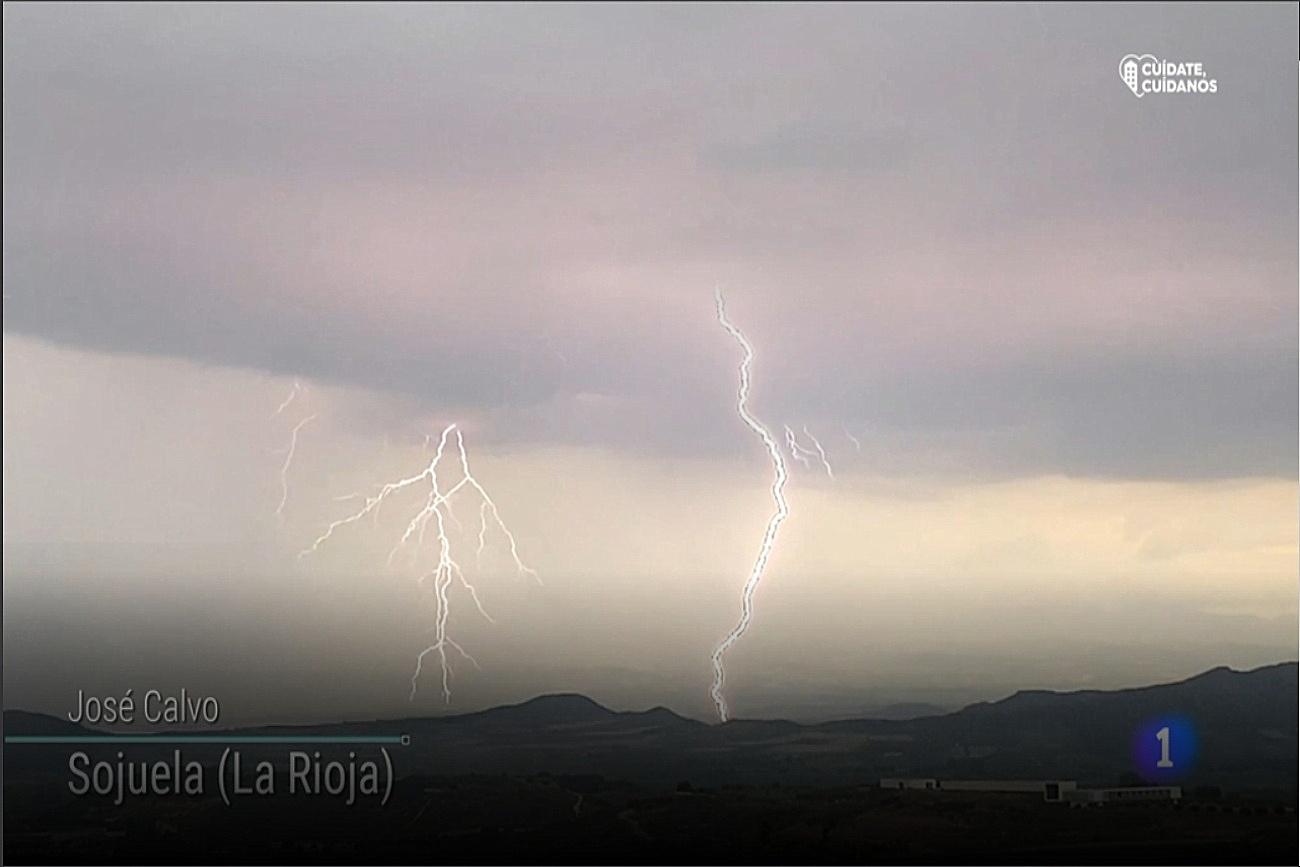 Rayos en Sojuela. El tiempo de TVE1.0806 Meteosojuela