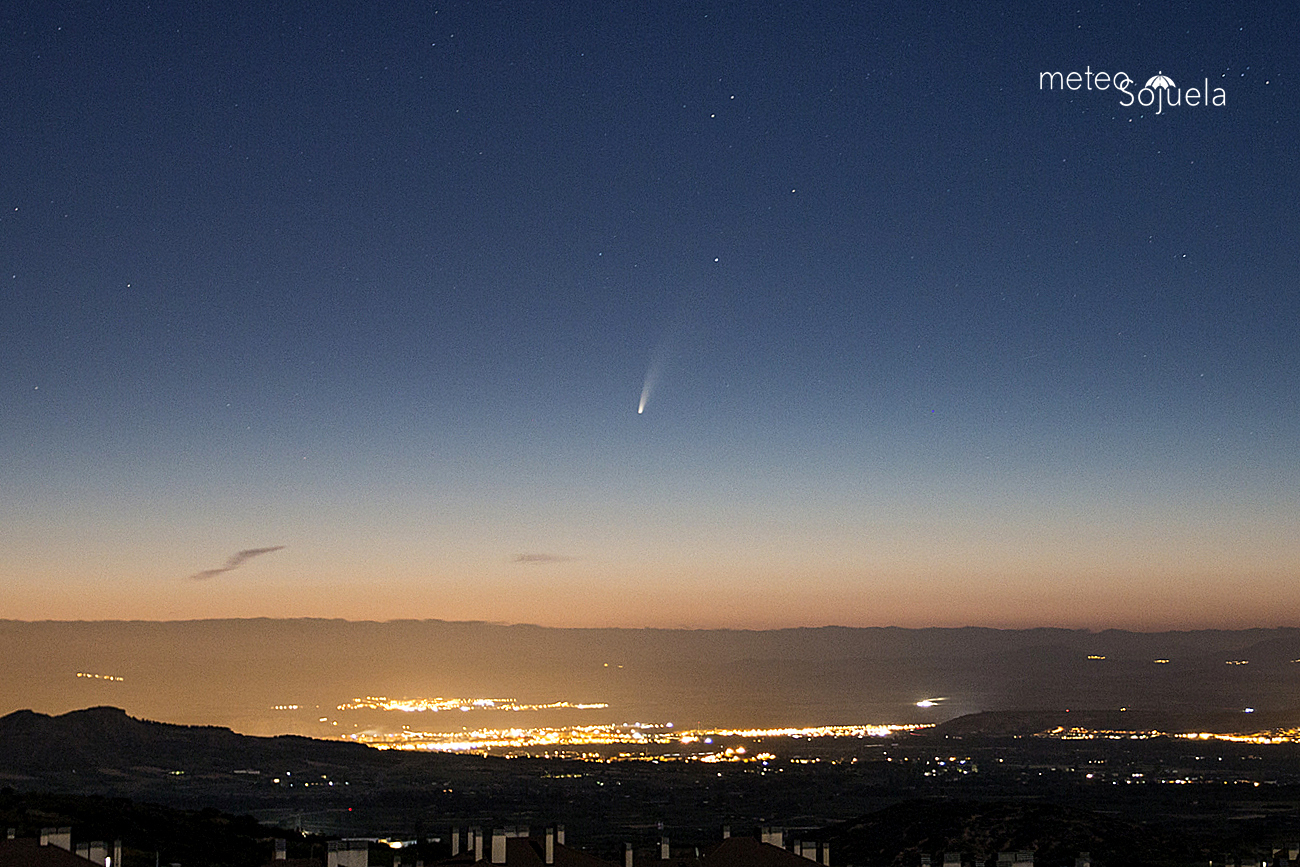 Cometa Neowise sobre el valle del Ebro desde Sojuela