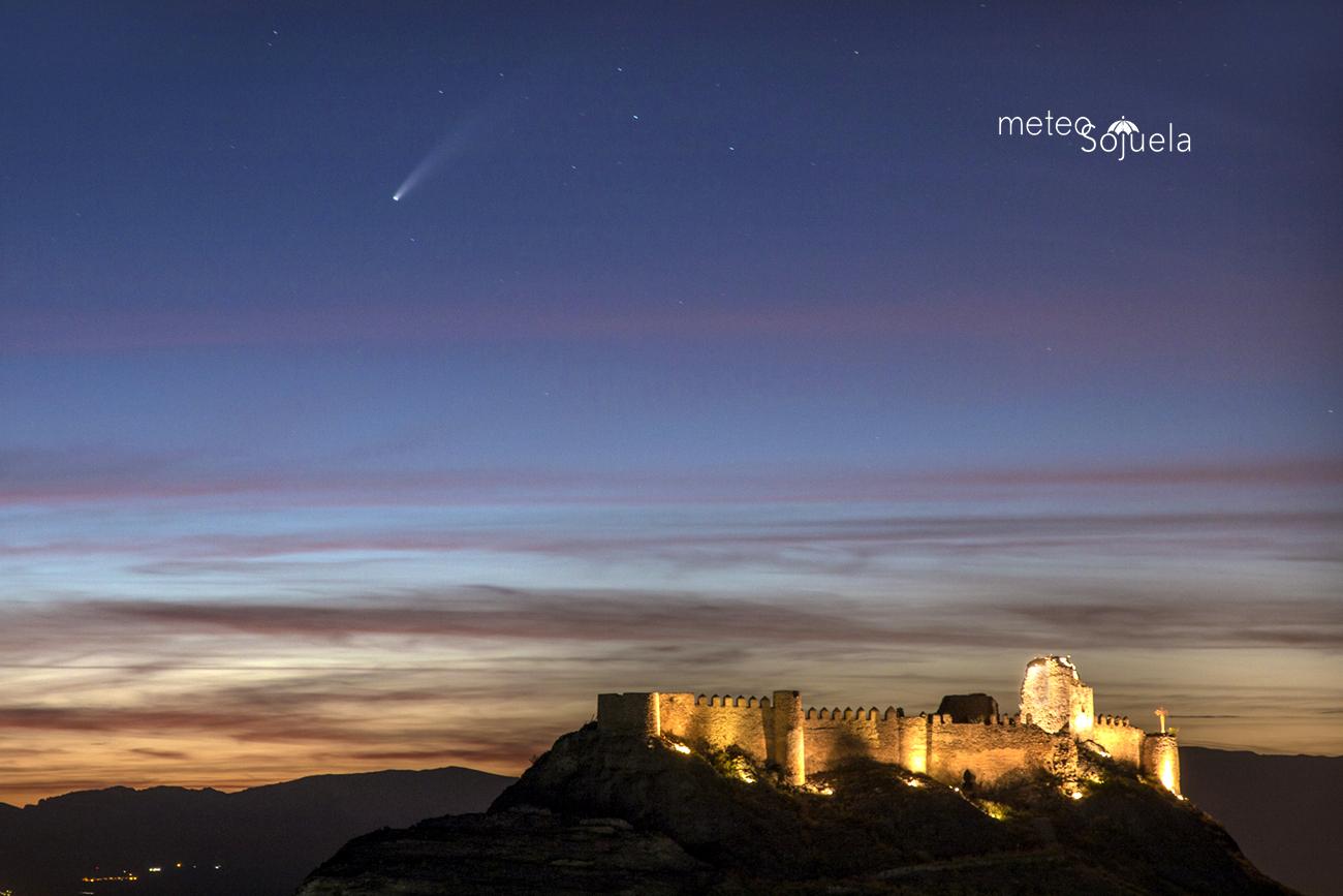 cometa IMG_9509 orig castillo 1300 con