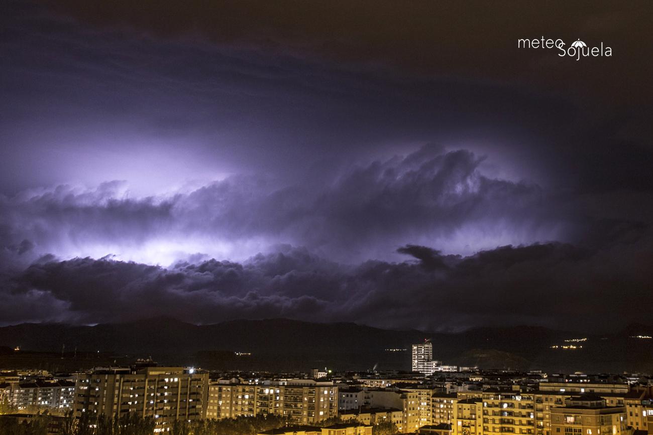 tormenta 2510 IMG_1823 orig 1300 con